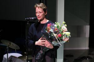 Tine Smedegaard modtager Artbeat Prisen for Historien om Danmark